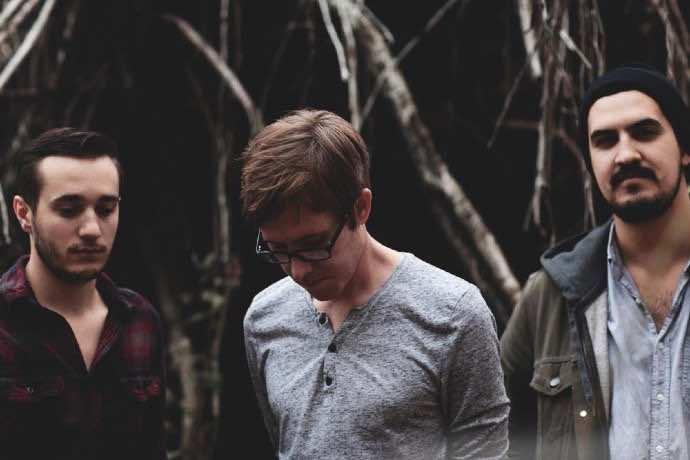 "Review: Lydia - ""Acoustics '12"" - BandWagon Magazine"