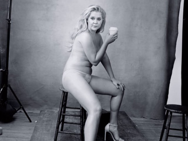 amy-schumer-poses-naked-for-new-pirelli-calendar-celebrating-distinguished-women